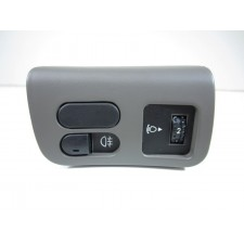 Switch panel out-drives secondary lighting Lancia Kappa grey